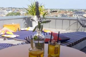 Martell-Cognac-Indigo-rooftop
