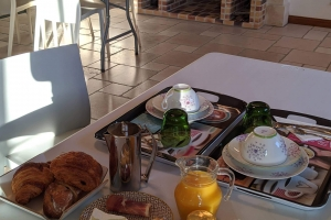 5-petit-dej-service-a-table